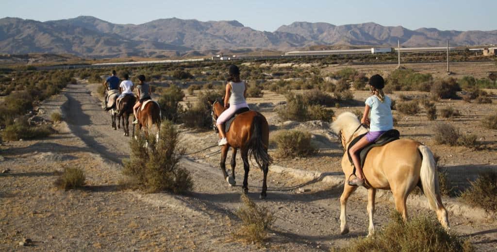 ruta-a-caballo-toyo-aventura-2-1024x519