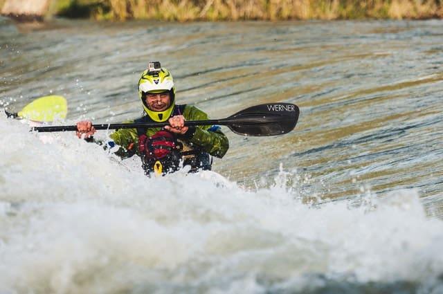 kayak de aguas rapidas