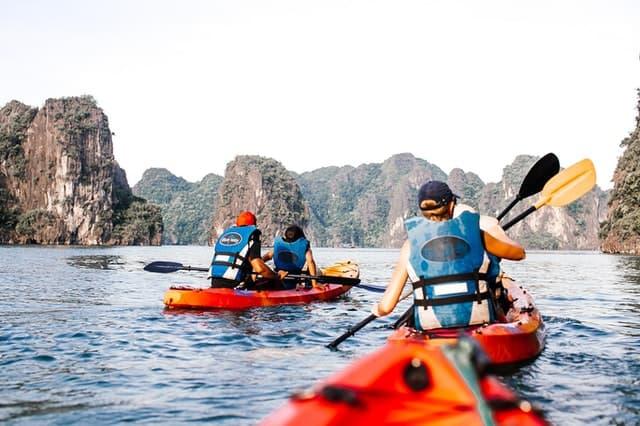 consejos para navegar contracorriente en kayak
